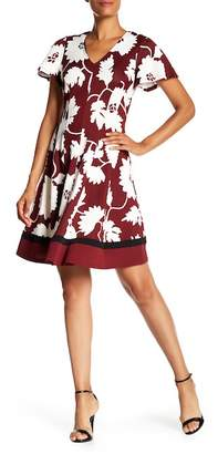 Robbie Bee Floral Pleated Dress