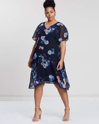 Evans Pansy Hanky Hem Split Sleeve Dress