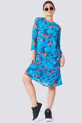 NA-KD Na Kd Mesh Knee Dress Light Cobalt Rose