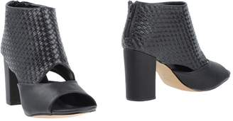 Francesco Milano Ankle boots - Item 11328061