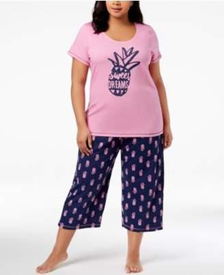 Hue Plus Size Printed Capri Pajama Set