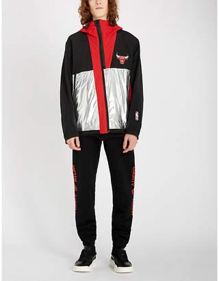 Chicago Bulls panelled metallic shell hooded jacket