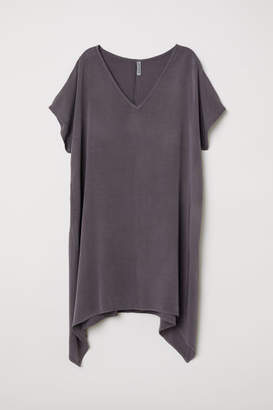 H&M Short-sleeved Viscose Dress - Gray