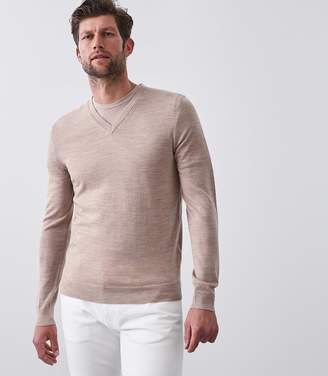 Reiss Our last order date for Christmas has now passed EARL MERINO WOOL JUMPER Taupe