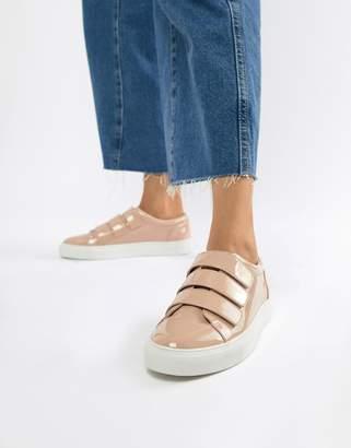 Asos DESIGN Dessa strap sneakers