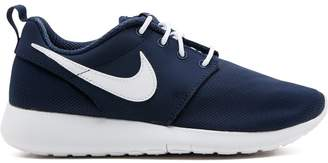 Nike Roshe One (GS) sneakers