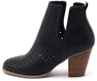 I Love Billy New Caprice Navy Womens Shoes Dress Boots Ankle