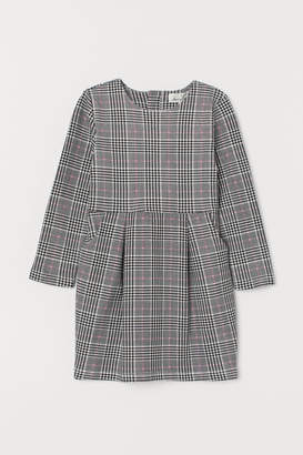 H&M Dress with Pockets - White