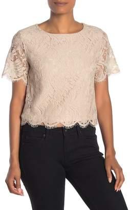 Dress Forum Lace Short Sleeve Top