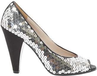 Marc by Marc Jacobs Silver Cloth Heels