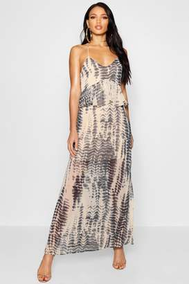 boohoo Larna Ruffle Lace Up Back Printed Maxi Dress