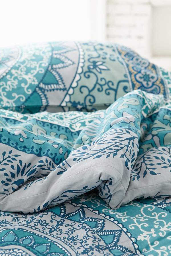 Urban Outfitters Plum Amp Bow Katara Medallion Comforter