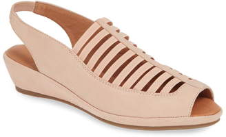 Kenneth Cole Reaction Gentle Souls By Kenneth Cole Lee Sandal