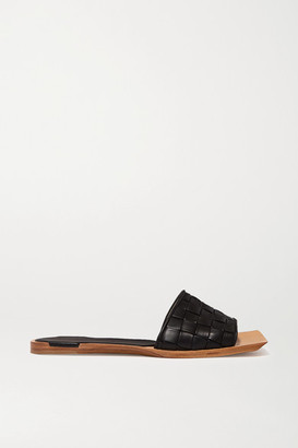 Bottega Veneta Intrecciato Leather Slides - Black