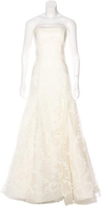 Vera Wang Silk Embellished Wedding Gown $1,095 thestylecure.com