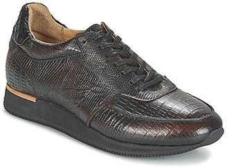 Fred de la Bretonière ROSA BRUSH OFF women's Shoes (Trainers) in Brown