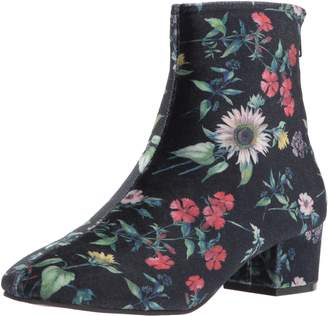 3554aa95d2b at Amazon Canada · Betsey Johnson Women s Talia Ankle Bootie