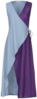 Motel Knee-length dresses