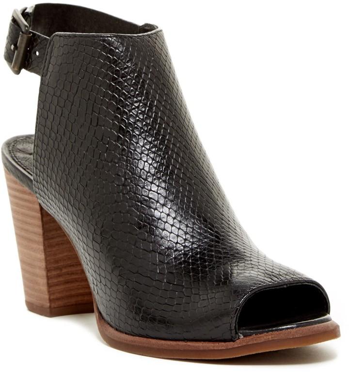 UGGUGG Australia Audrey Exotic Peep Toe Sandal