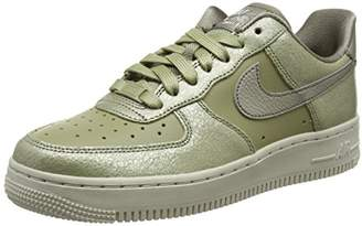 af3cce005e Nike Women's's W Air Force 1 '07 PRM Gymnastics Shoes Green (Neutral  Bronzed Olive