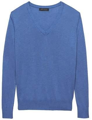 Banana Republic Silk Cotton Boyfriend V-Neck Sweater