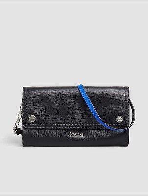 Calvin KleinCalvin Klein Womens Julienne Leather Clutch Black