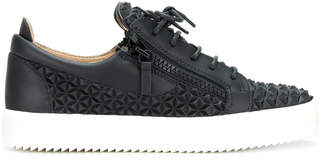 Giuseppe Zanotti Design pyramid texture lo-top sneakers