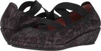 Gentle Souls by Kenneth Cole Women's Natalie Demi Wedge Closed Toe Elastic Straps Shoe