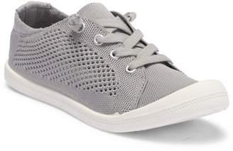 Madden-Girl Bailey Sneaker