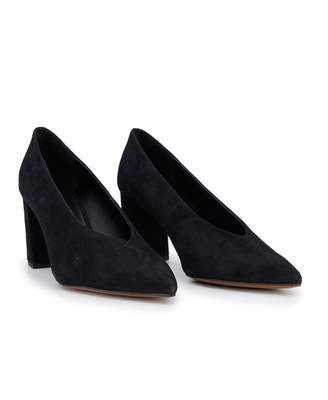 Michael Kors Cambria Suede Pointed Heel Pumps Colour: BLACK, Size: UK