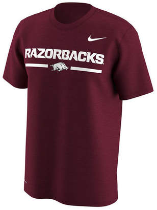 Nike Men's Arkansas Razorbacks Fresh Trainer Hook T-Shirt