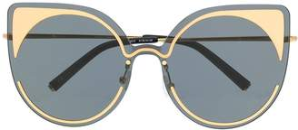 Linda Farrow Gallery contrast cat eye sunglasses