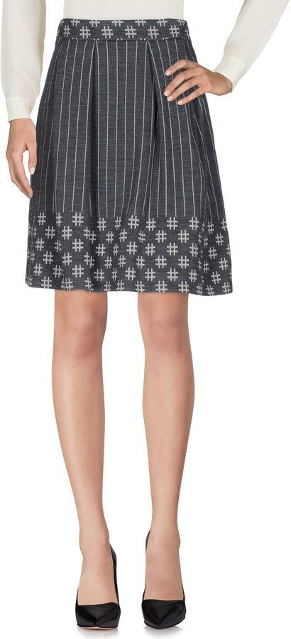AlysiALYSI Knee length skirts