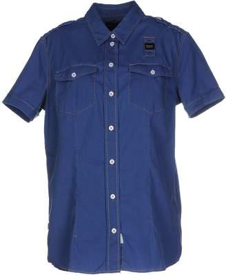 Blauer Shirts