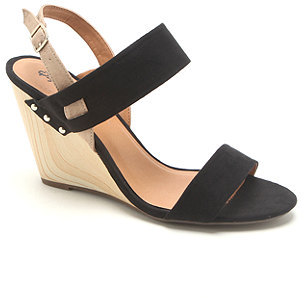Qupid Gipsy Solid Wedge Sandals