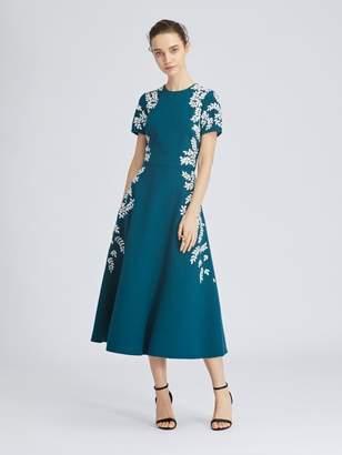 Oscar de la Renta Leaf-Embroidered Stretch-Wool Crepe Dress