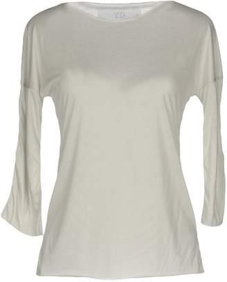 yd. T-shirts