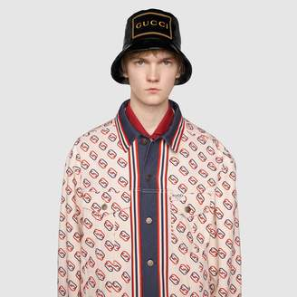 Gucci Bucket hat with frame print