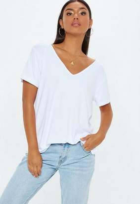 Missguided White Boyfriend V Neck T-Shirt