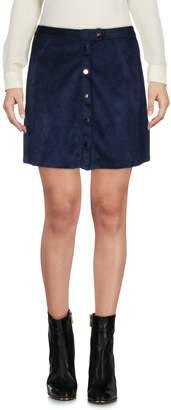 Mila Louise GRACE & Mini skirts