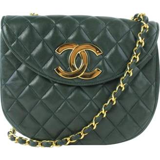 Chanel Green Leather Handbags