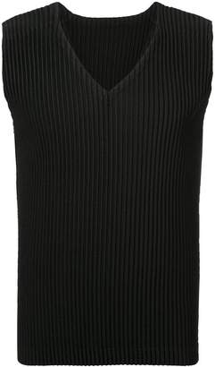 Issey Miyake Homme Plissé sleeveless fitted vest