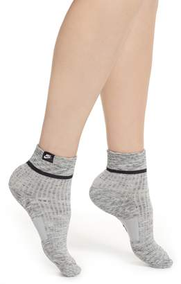 Nike 2-Pack SNKR Sox Essential Ankle Socks