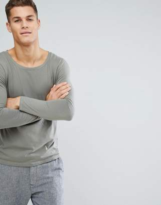Asos DESIGN scoop neck t-shirt with long sleeves in green