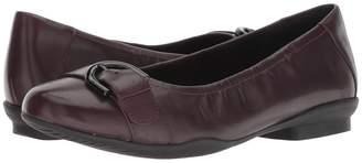 Clarks Neenah Lark Women's Shoes