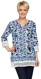 C. Wonder Printed 3/4 Sleeve Woven Tunic withLace Details