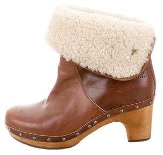 UGG Australia Lynnea Clog Boots $75 thestylecure.com