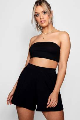boohoo Plus Flippy Hem Short