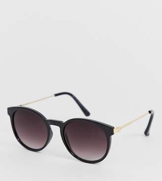 New Look round sunglasses in black