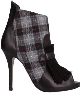 Alexa Wagner Ankle boots
